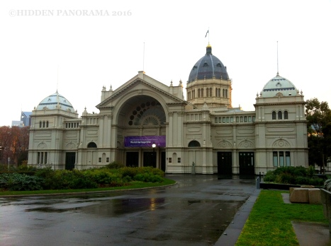 Carlton Gardens – Home of Royal Exhibition Building and Melbourne Museum – Melbourne Walking Tour – Part 4