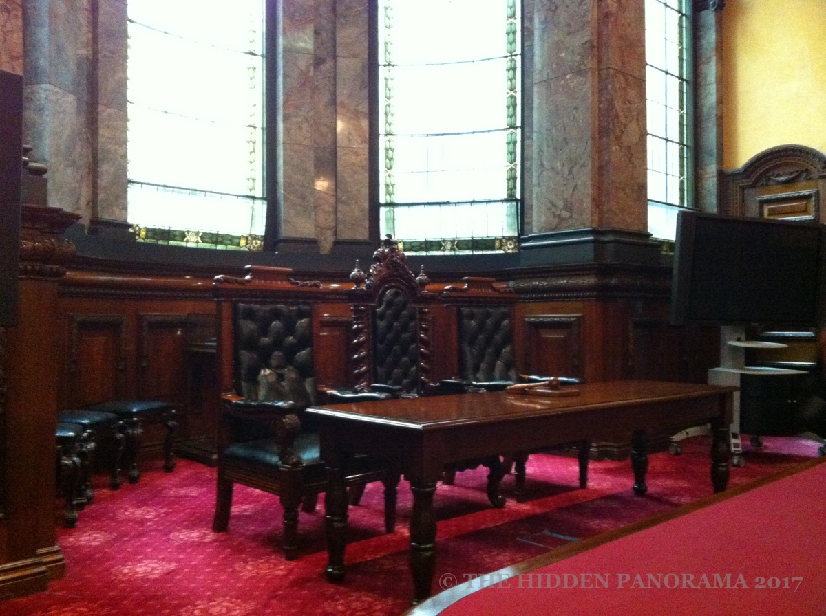 Interior : Melbourne Town Hall - Council Chambers
